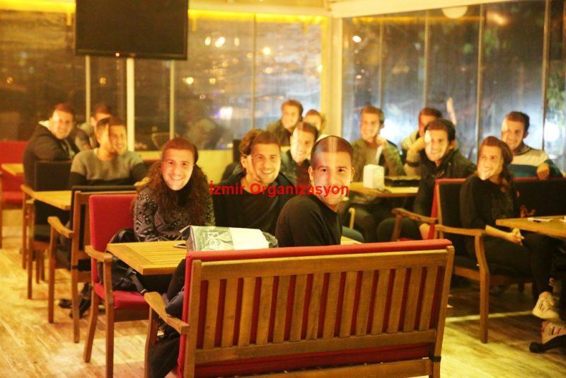 Cafede Evlilik Teklifi Organizasyonu İzmir