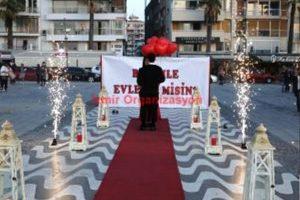 İzmir Kordon Evlenme Teklifi