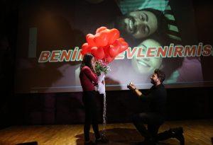 Uçan Balonlarla Evlilik Teklifi Organizasyonu